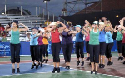 dance-team-on-tennis-court-jumping